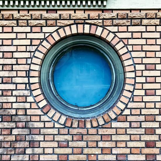 Round window photo