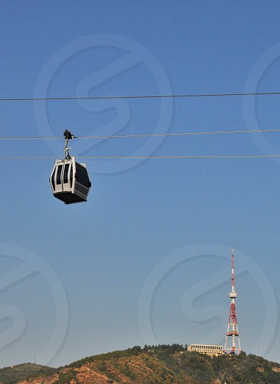 white cable car photo