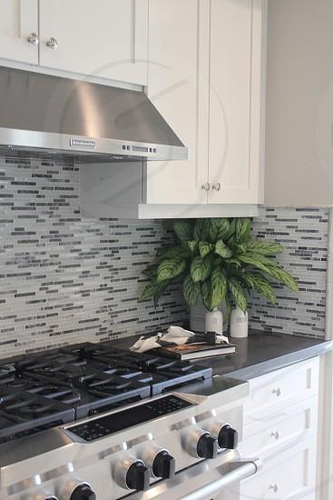 Kitchen oven photo