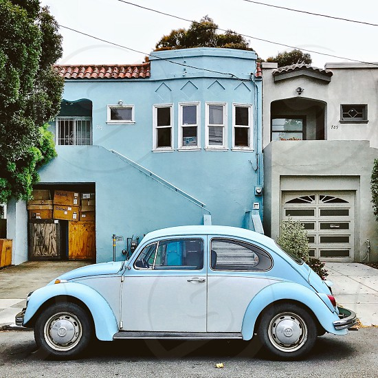 Light blue VW Beetle photo