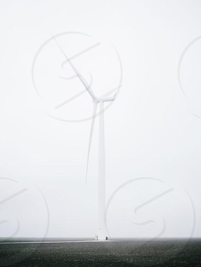 white single wind turbine photo