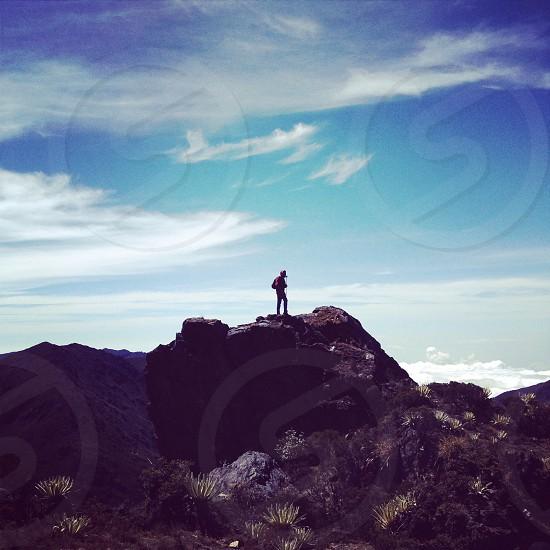 Sky photographer mountain landscape people guy los Andes Mérida Venezuela top rock cloudy cloud travel traveling high paisaje tope montaña fotógrafo cielo nubes latin america latam south america frailejon fraylejon páramo hill photo