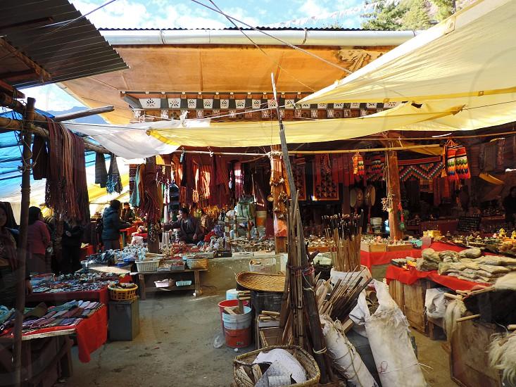 Market bhutan shop spend asia sunday market local travel photo
