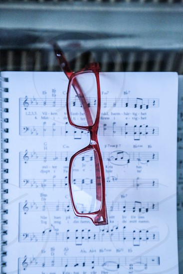 Accessories glasses eye notes piano red photo