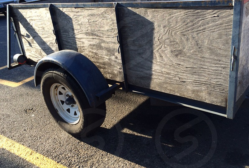 wood trailer photo