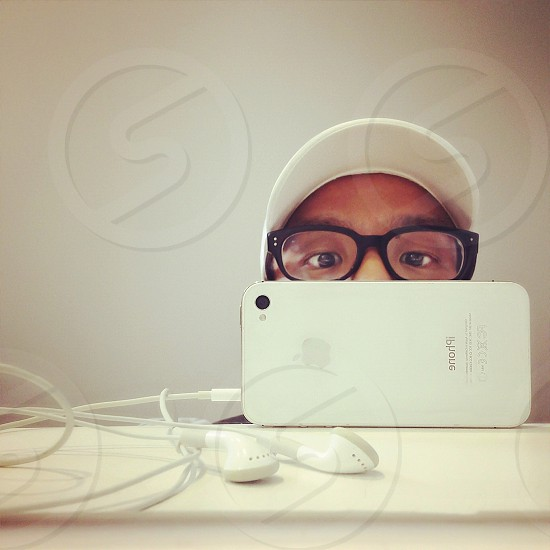 i phone with ear buds photo