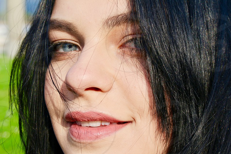 Deep blu eyes lady portrait photo