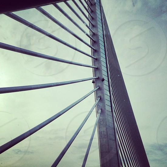 gray metal bridge support photo