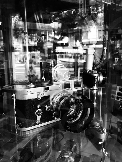 Black and white cameras photography  photo