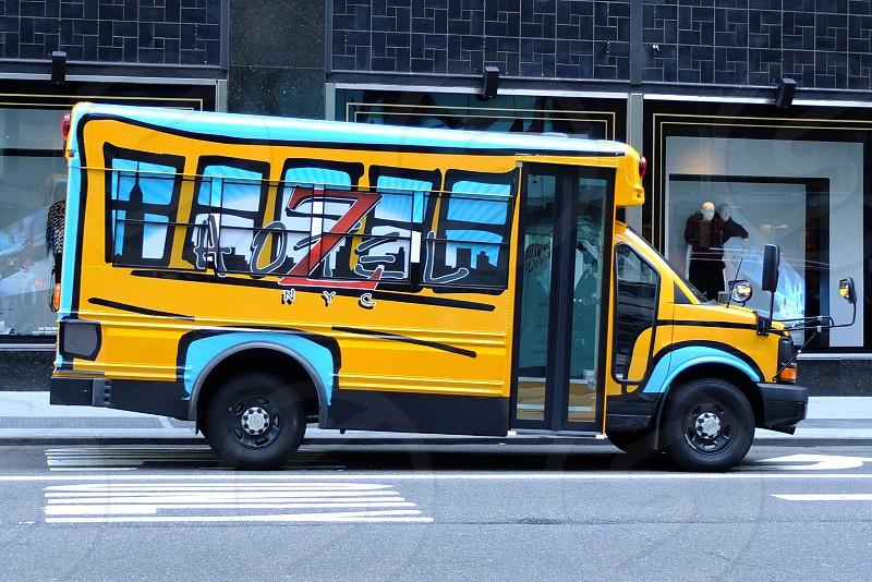 yellow school bus on road photo