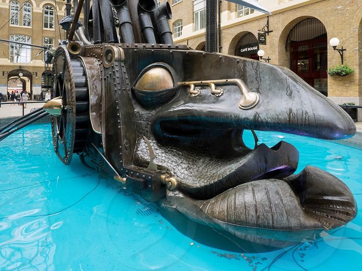 The Navigators by sculptor David Kemp at Hays Galleria in London photo