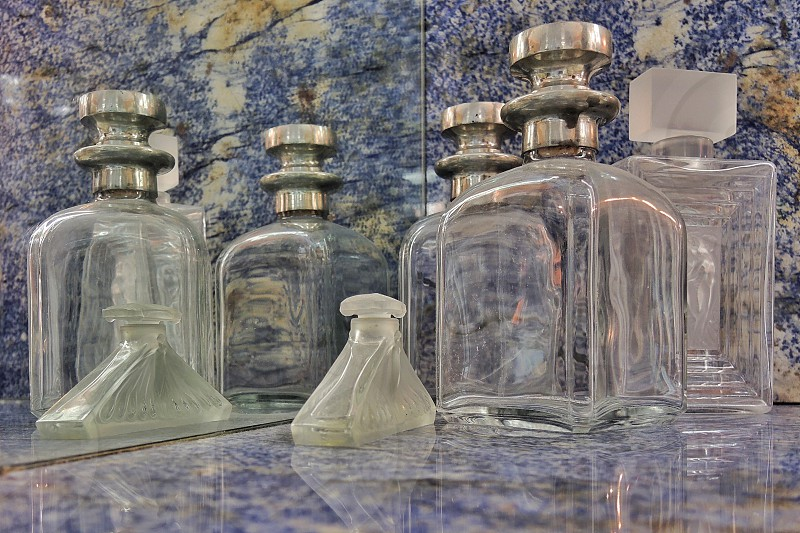 clear glass bottles photo