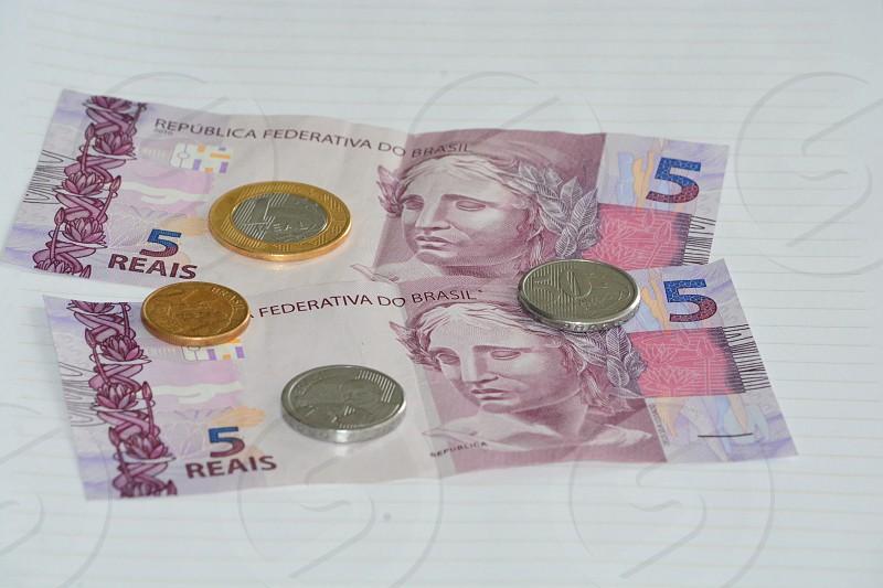 Bank finances Brasil photo