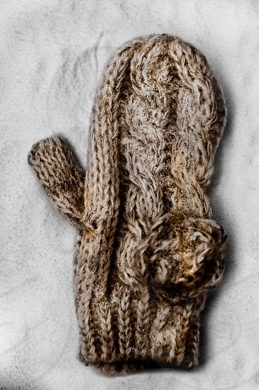brown cable knit mitten photo
