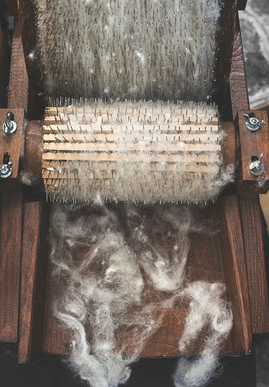 Manual processing of wool photo