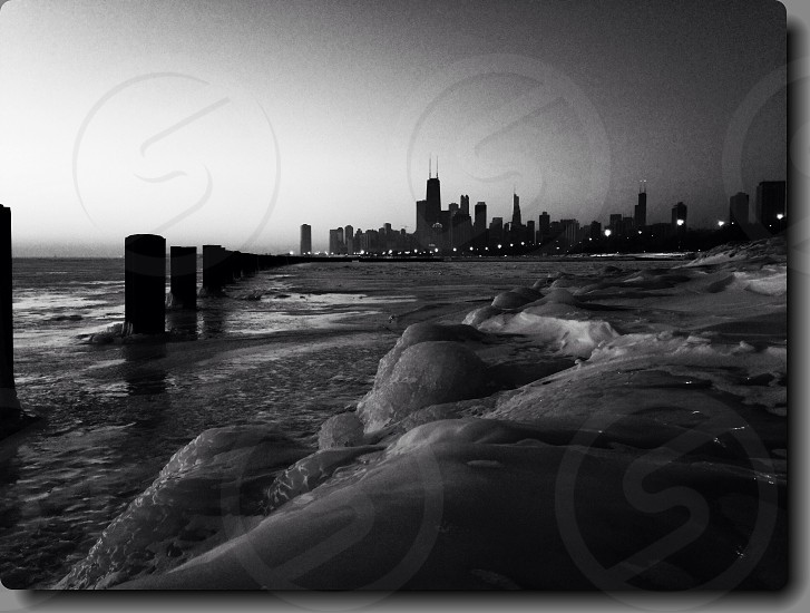 A early morning shot of the Chicago skyline! photo