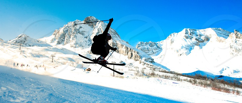 skiing jumpmountainsnow photo