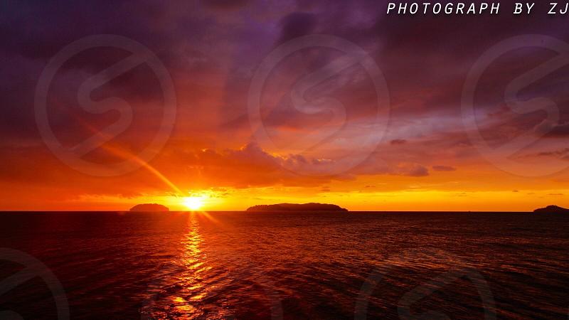 丹绒亚路海滩日落 photo