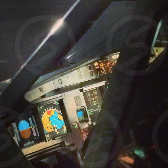 A320 flightdeck photo
