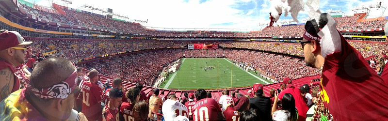 First Redskins game of the season photo