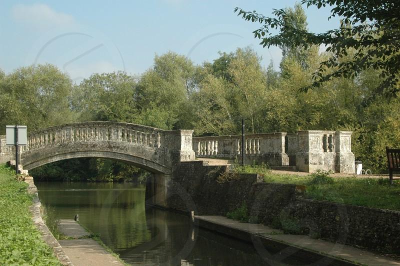 waling bridge photo