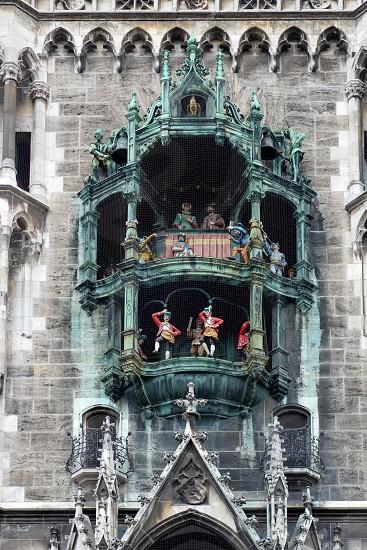The Rathaus-Glockenspiel in Munich photo