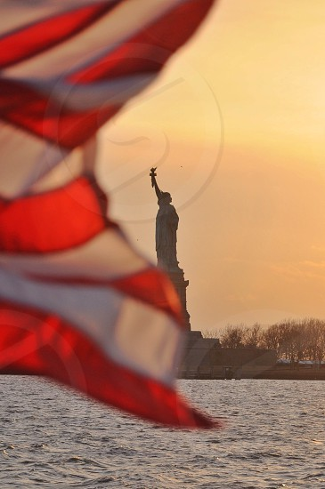 statue of liberty during daytime photo
