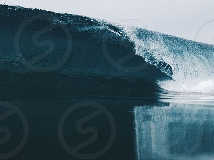 large wave on water photo