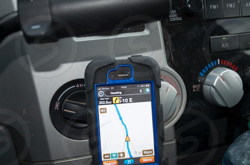 iPhone GPS guiding the way GPS iPhone guidance guide GPS guidance road-trip road trip map maps mapping photo