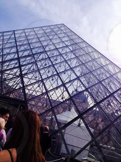 L'entrée au musée du Louvre - Entrance to the Louvre photo
