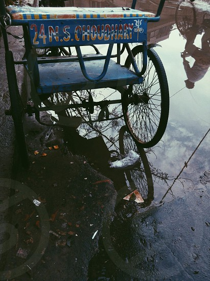 blue tricycle cab photo