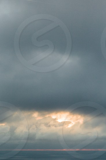 grey clouds in the sky photo