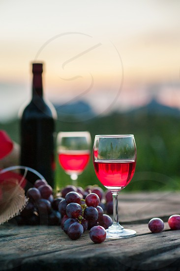 red wine photo