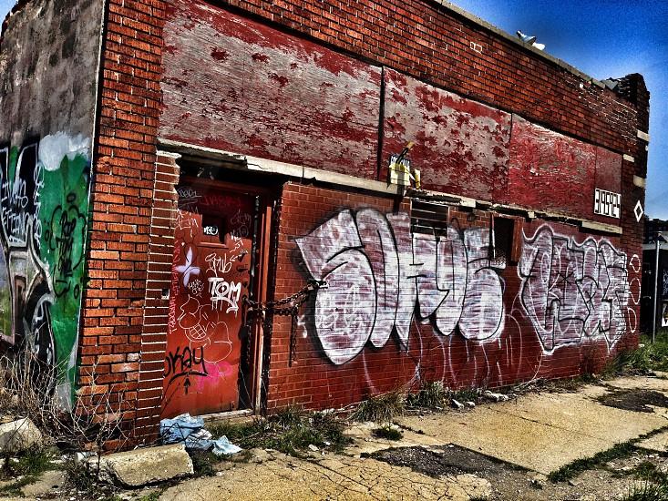 white graffitti photo