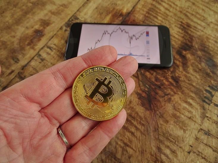 Financebankingcrytocoinbitcoininvest savingscurrencycryto currency  photo