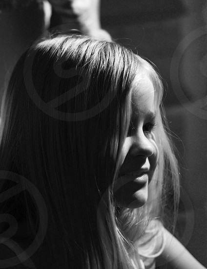 girl portrait gray scale photography photo