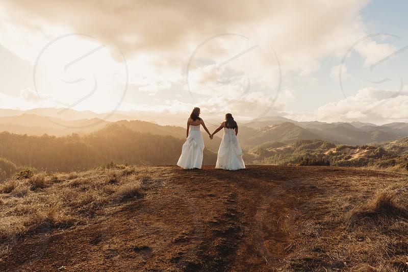 love wedding bride adventure wedding elopement valentine photo