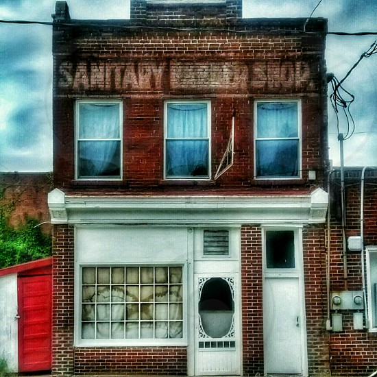 So Fresh And So Clean - barber shop decay abandoned urban street photography architecture signs sinage vintage photo