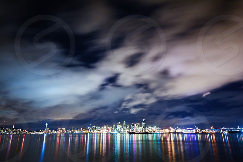 city across the sea landscape photo