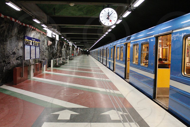 blue subway photo