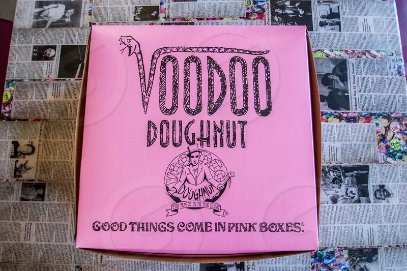 voodoo doughnut good things come in pink boces photo
