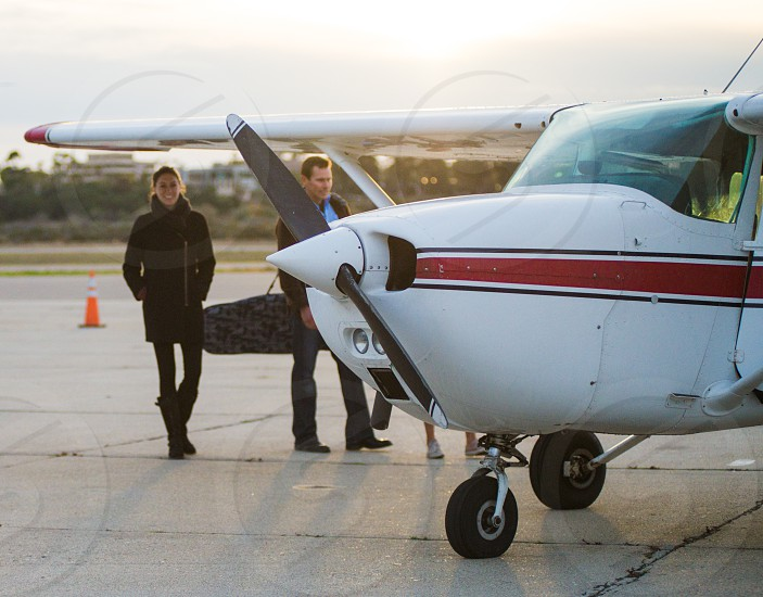 couple airplane flight private propeller photo