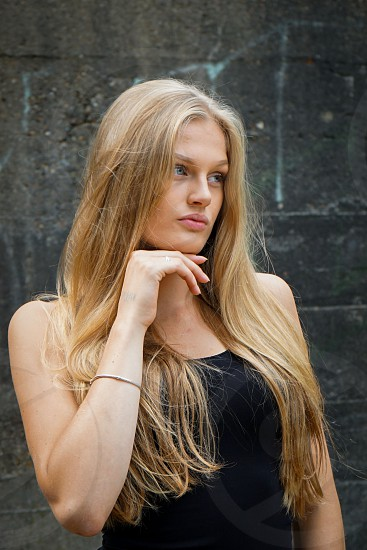 LONG BLOND HAIR MODEL photo