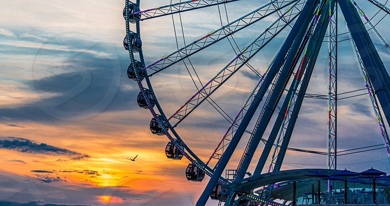It seems like every major city now has a ferris wheel as a tourist attraction. Many of them are not located in an area that inspires great views. The Great Wheel in Seattle definitely does not fall into that category photo