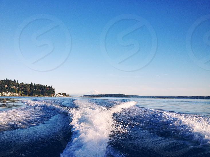 sea waves photo