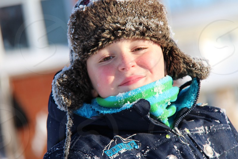 Winter snow Canada kid child play smile photo
