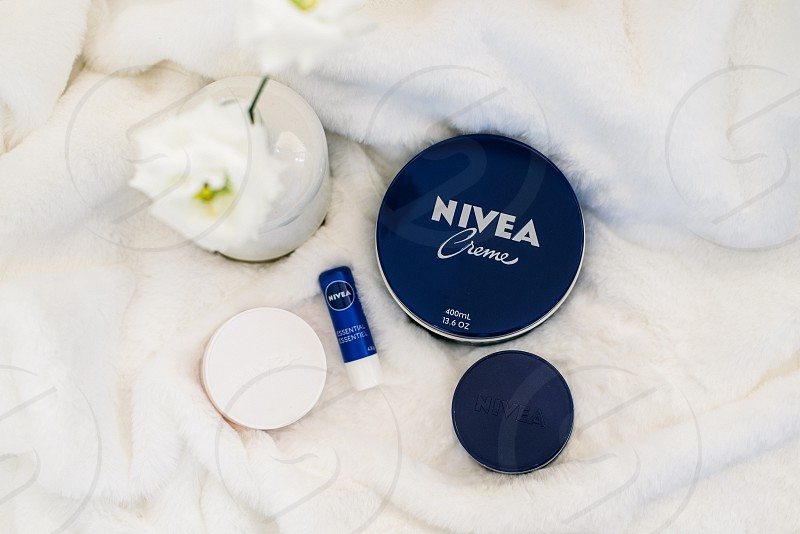 Lifestyle beauty products photo