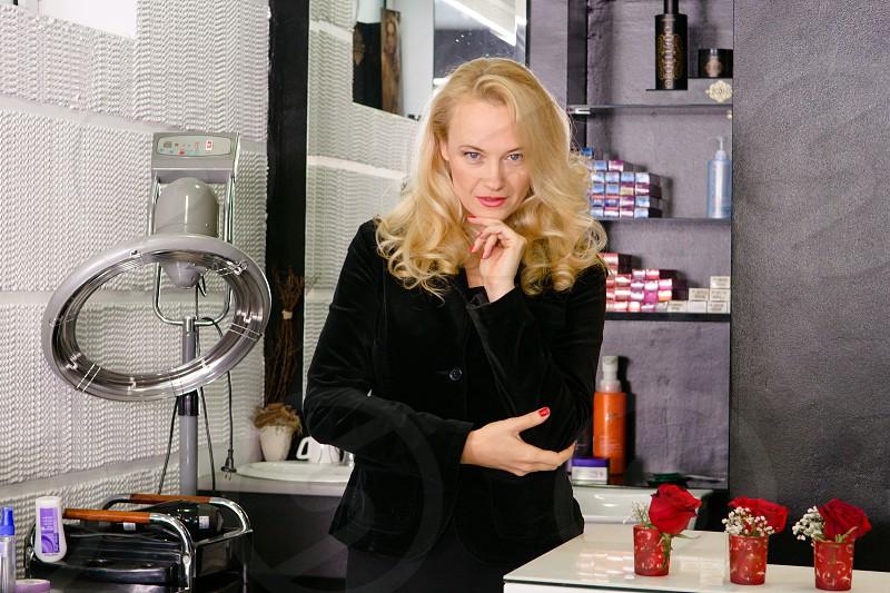 Womanhairdresser business ownerstudio  photo