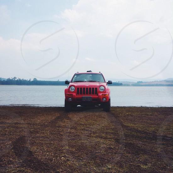 red 2005 jeep liberty photo