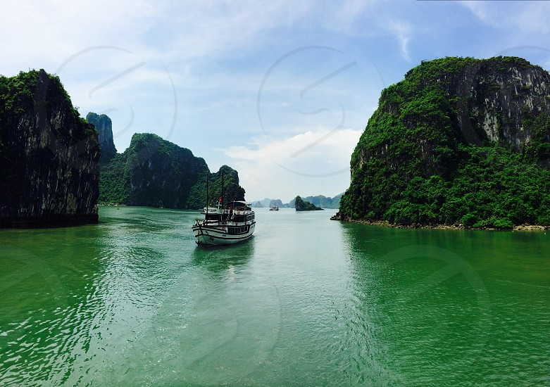 Vietnam; Halong Bay; Boat photo